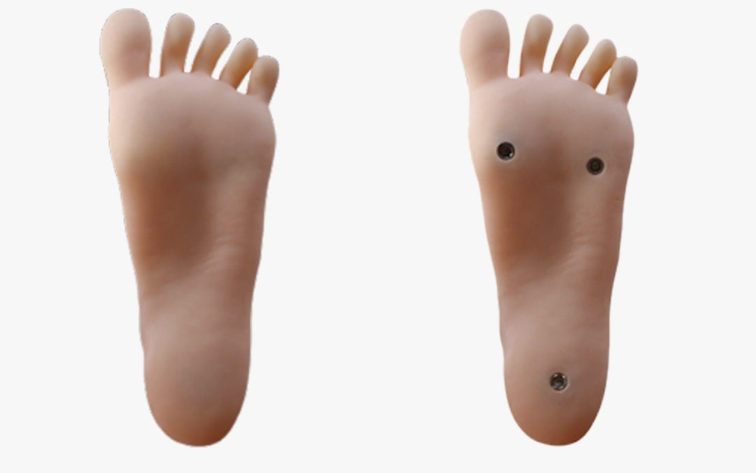 Should you choose stand-up feet or regular feet for your sex doll?